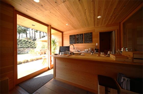 KITOKURAS cafeカウンター